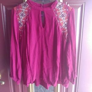 Tops - 💙Plum colored top